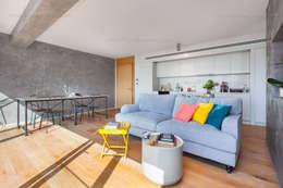 f12 Photography – Belkıs Apartment: modern tarz Oturma Odası