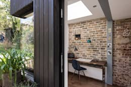 Oficinas de estilo  por MW Architects