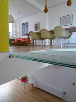 Salle à manger de style de style Moderne par Sophie Nguyen Architects Ltd