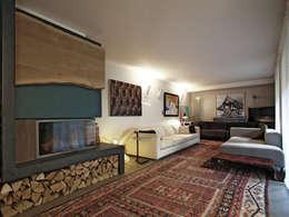 eclectic Living room by BuroBonus