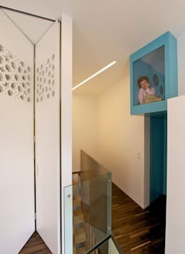 eclectische Gang, hal & trappenhuis door 3rdskin architecture gmbh