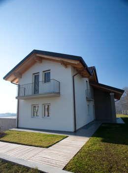 Casas de estilo moderno por marco.sbalchiero/interior.design