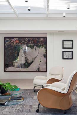 Estudios y oficinas de estilo moderno por Gisele Taranto Arquitetura