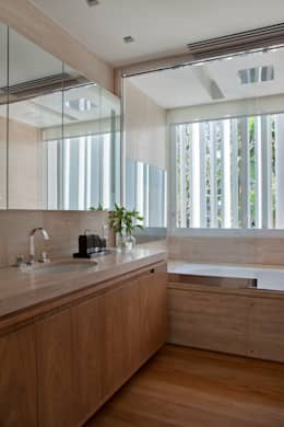Baños de estilo moderno por Gisele Taranto Arquitetura