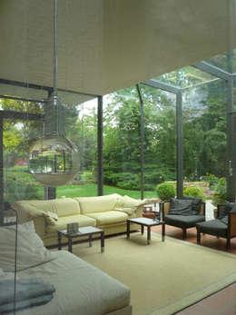 Projekty,  Ogród zimowy zaprojektowane przez Claus + Pretzsch Architekten BDA