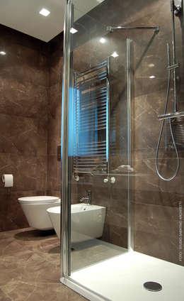 Interior Design Abitazione RL a Pescara: Bagno in stile in stile Moderno di Studio Sabatino Architetto