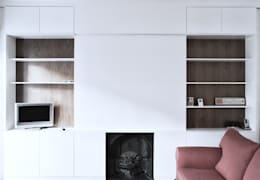 minimalistic Living room by Salvatore catapano Architects