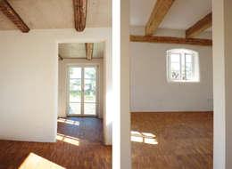 country Living room by heidenreich architektur