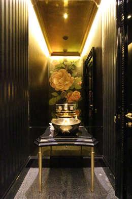 Orkun İndere Interiors: klasik tarz tarz Banyo