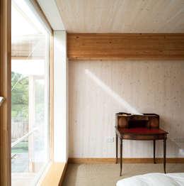 Projekty,  Sypialnia zaprojektowane przez Mole Architects