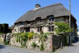 landelijke Huizen door Hartley Quinn WIlson Limited