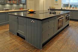 klasieke Keuken door Hartley Quinn WIlson Limited