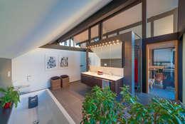 modern Bathroom by HUF HAUS GmbH u. Co. KG