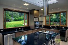 Olaa Arquitetos: kırsal tarz tarz Mutfak