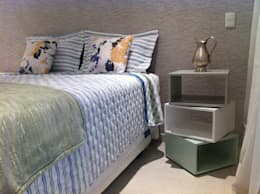 Recámaras de estilo moderno por Nataly Aguiar Arq e Interiores