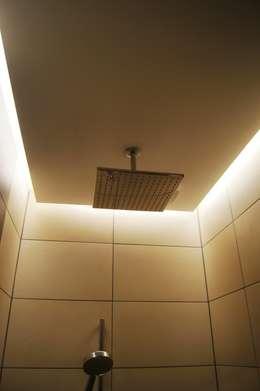 Baños de estilo  por Bolz Planungen für Licht und Raum
