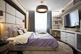 Яркие акценты современных квартир: Спальни в . Автор – Ksana Shkinch Architect