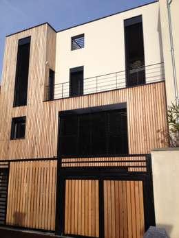 Maison ecolo Issy les Moulineaux: Maisons de style de style Moderne par BIO TEKNIK CONSULTING