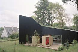 RAUM의  주택