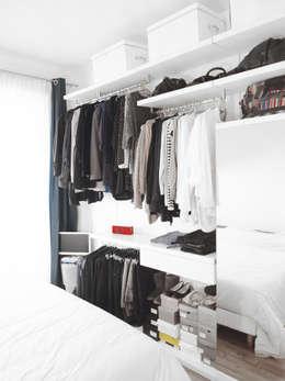 Vestidores y closets de estilo minimalista por Thibaudeau Architecte