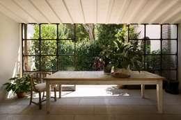 Jardines de invierno de estilo ecléctico por Luigi Fragola Architects