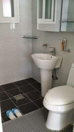 해밀건축사사무소: minimal tarz tarz Banyo