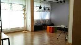 해밀건축사사무소: minimal tarz tarz Oturma Odası