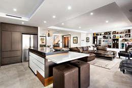 Cocinas de estilo moderno por Moda Interiors