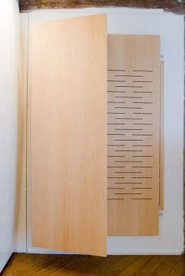 meuble hifi: Salle multimédia de style  par Atelier TO-AU