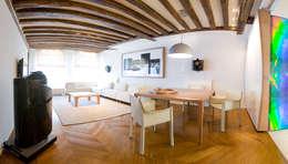 Salon - salle à manger: Salon de style de style Moderne par Atelier TO-AU