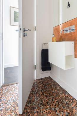 minimalistic Bathroom by Granit Architects