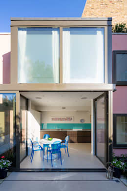 Casas de estilo moderno por Granit Architects