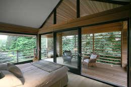 ห้องนอน by Nicolas Tye Architects