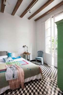 Chambre de style de style Méditerranéen par Egue y Seta