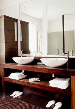 moderne Badkamer door KSR Architects