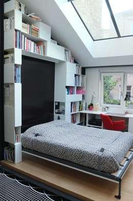 Espace de vie: Chambre de style de style Moderne par emmanuelle depret designer