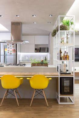Semerene - Arquitetura Interior: modern tarz Yemek Odası
