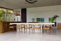 Jantar: Terraços  por Marilia Veiga Interiores