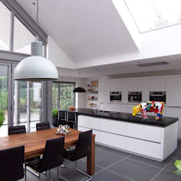 interieur leefkeuken: moderne Keuken door EIKplan architecten BNA