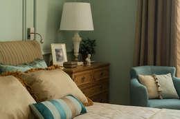 Квартира на Б.Ордынке: Спальни в . Автор – COUTURE INTERIORS