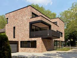 moderne Huizen door Andreas  Heupel Architekten BDA