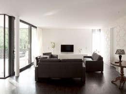 moderne Woonkamer door Andreas  Heupel Architekten BDA