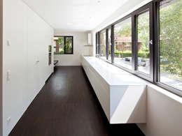 moderne Keuken door Andreas  Heupel Architekten BDA