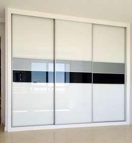 Puertas para armarios empotrados un lienzo en blanco for Armarios empotrados modernos