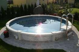 Piscinas de estilo  por Pool + Wellness City GmbH