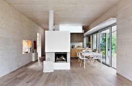 designerhaus im gr nen. Black Bedroom Furniture Sets. Home Design Ideas