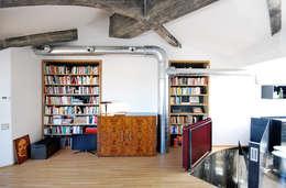 moderne Studeerkamer/kantoor door humusstudio