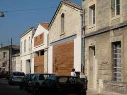 Bordeaux > 4 logements de ville: Maisons de style de style Moderne par atelier d'architecture King Kong