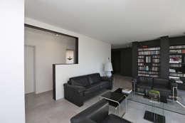 moderne Woonkamer door Neugebauer Architekten BDA
