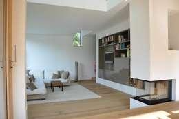 modern Living room by Neugebauer Architekten BDA